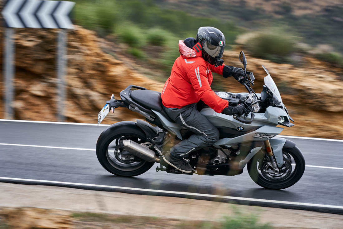 BMW F 900 R A2 2021 - Motochecker